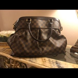 Authentic Stellar  Louis Vuitton Trevi GM
